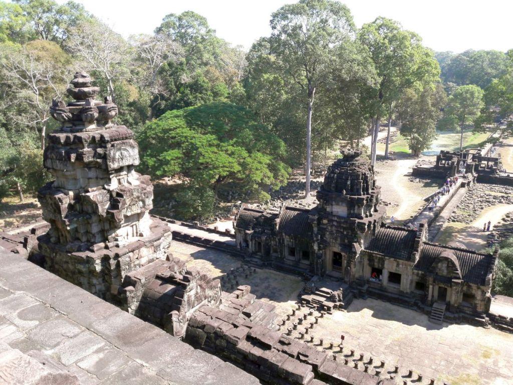 tempelruine im urwald