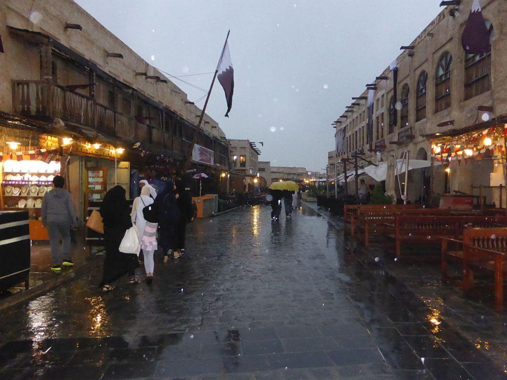 Souq Waqif bei Regen