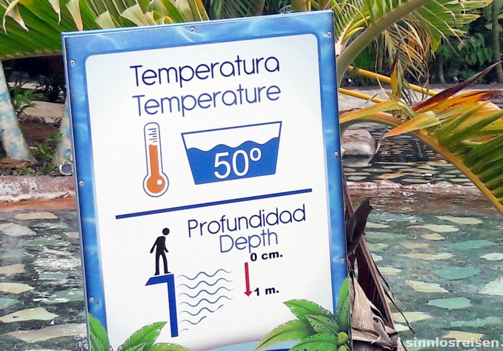 Warnschild Wassertemperatur und Wassertiefe