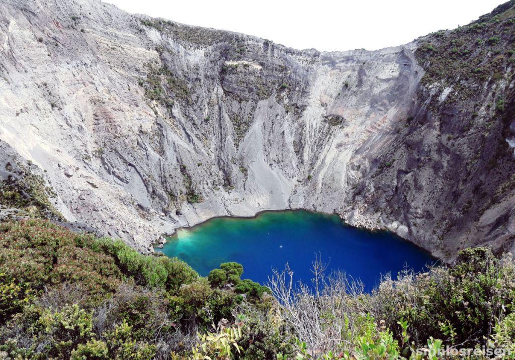 Vulkan Irazu mit Kratersee