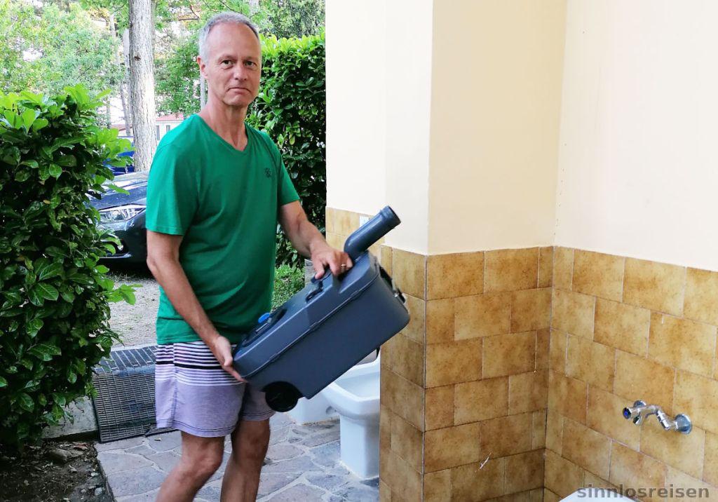 Entleerung des Chemo WC