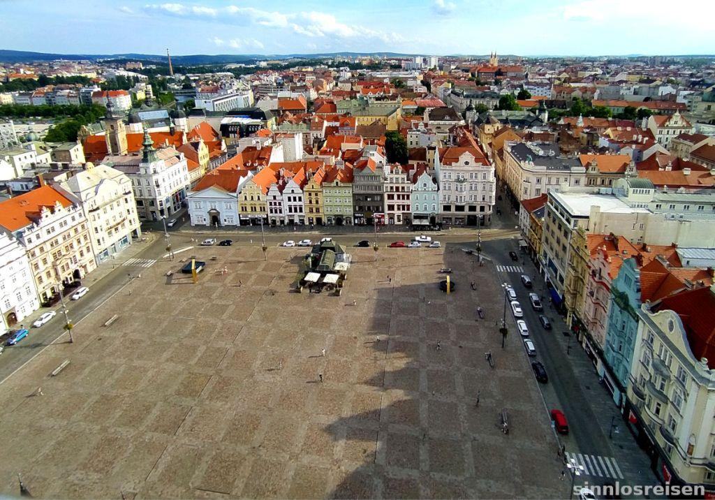 Platz der Republik in Pilsen von oben